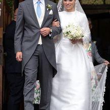 Nicholas Medforth-Mills i njegova supruga (Foto: Facebook)