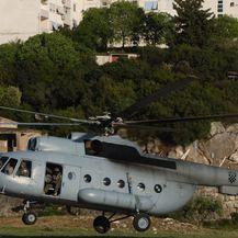 Helikopterom prevezli unesrećenog vozača