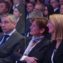 Novih 250 milijuna eura za povoljne kredite malim i srednjim poduzetnicima (Video: Vijesti Nove TV u 14)