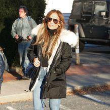 Jennifer Lopez u čizmama modne kuće Alaia - 2