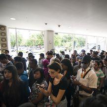 Turisti zarobljeni u zračnoj luci (Foto: AFP)