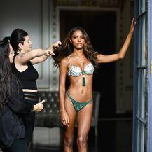 Jasmine Tookes Fantasy Bra (Foto: AFP)