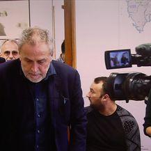 Milan Bandić nije odgovorio na pitanja o većini u Gradskoj skupštini Grada Zagreba (Video: Vijesti u 17h)