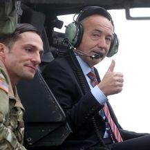 Ministar Damir Krstičević obišao američke helikoptere (Video: Igor Kralj/PIXSELL)