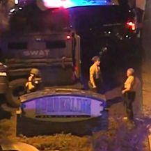 Pucnjava u Kaliforniji (Video: Reuters)