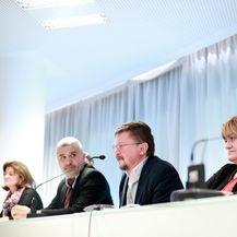 Konferencija za medije sindikata javnih službi (Foto: Sanjin Strukic/PIXSELL)