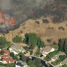 Požari u Kaliforniji ne posustaju (Video: Dnevnik Nove TV)