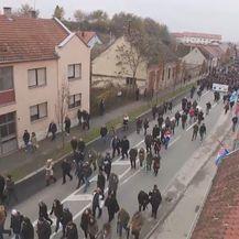 Kolona na obilježavanju Dana sjećanja na žrtvu Vukovara (Foto: Dnevnik.hr) - 2
