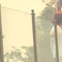 Katastrofalan požar u Kaliforniji (Video: Reuters)