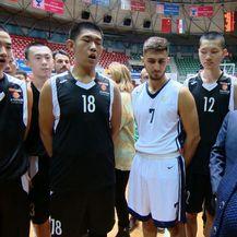 Kinezi na sportskoj obuci (Foto: Dnevnik.hr) - 1