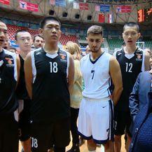 Kinezi na sportskoj obuci (Foto: Dnevnik.hr) - 2