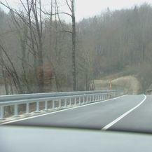 Cesta između Čabra i Delnica (Foto: Dnevnik.hr) - 2