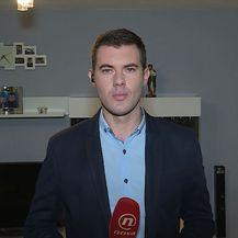 Mario Jurič razgovara s Ljubicom Adžaip o uhićenju splitskog liječnika (Foto: Dnevnik.hr)