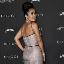 Salma Hayek u senzualnoj haljini modne kuće Gucci - 1