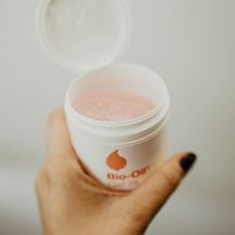 Saznala sam da Bio-Oil gel za suhu kožu ima gotovo isti sastav kao i klasični proizvod Bio-Oil.