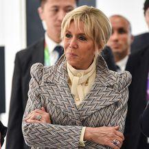 Brigitte Macron u predivnom kaputu - 2