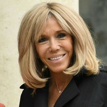 Brigitte Macron u predivnom kaputu - 4