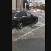 Poplavljena ulica u Rijeci (Foto: Dnevnik.hr) - 2