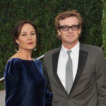 Simon Baker i Rebecca Rigg (Foto: AFP)