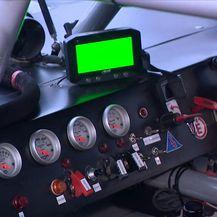 Kontrolna ploča trkaćeg automobila