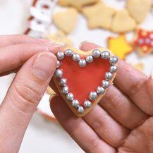 Božićne kolačiće možete dekorirati po želji