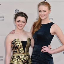 Sophie Turner i Maisie Williams (Foto: Getty Images)