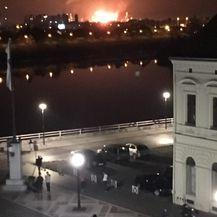 Eksplozija u rafineriji (Foto: Brod portal)