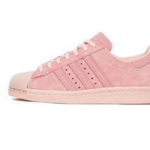 Odjevni komadi i modni dodaci u ružičastoj boji - 1