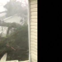 Uragan Michael iza sebe ostavlja pustoš (Video: Reuters)