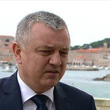Ministar Horvat o Uljaniku (Video: Vijesti Nove TV u 14)