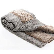Vivre pletena deka s krznenim detaljima, 495 kuna