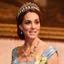 Catherine Middleton u 'zgužvanoj' haljini Alexandera McQueena