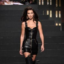 Bella Hadid (Foto: Mike Coppola / GETTY IMAGES NORTH AMERICA / AFP)