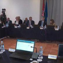 Sjednica Vlade na Hvaru (Video: Vijesti u 17 h)