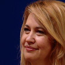 Milanka Opačić prešla u klub zastupnika Milana Bandića (Video: Dnenik Nove TV)