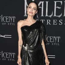Angelina Jolie s djecom na premijeri filma \'Gospodarica zla 2\' - 5