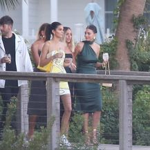 Kendall Jenner i Camila Morrone (Foto: Profimedia)