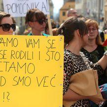 Prosvjed roditelja djece s teškoćama u razvoju na Markovu trgu (Foto: Patrik Macek/PIXSELL)