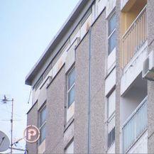 Bolestan čovjek koji baca fekalije kroz prozor (Foto: Dnevnik.hr) - 2
