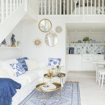 Kuća uređena u bijelo-plavoj kombinaciji - 10