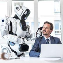 Robot služi čovjeka (Ilustracija: Getty)