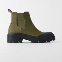 Gumene čizme iz trgovina - 2