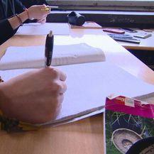 Pisanje na predavanju (Foto: Dnevnik.hr)