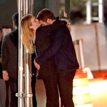 Liam Hemsworth i Madison Brown (Foto: Profimedia)