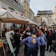 Incident na prosvjedu u Puli (Foto: M. Košta/Glas Istre) - 3