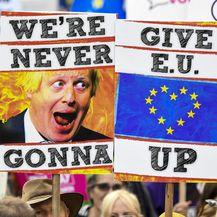 Prosvjed u Londonu protiv Brexita (Foto: AFP)