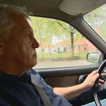 Zvonko u autu (Foto: Dnevnik.hr)