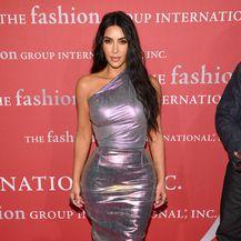 Kim Kardashian u atraktivnoj kombinaciji Ricka Owensa koja je privlačila mnoge poglede