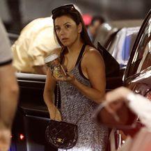 Eva Longoria nosi natikače potpuno ravnog potplata