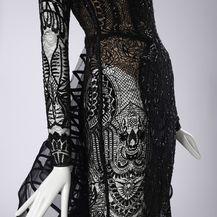 Izložbom \'Posveta ženstvenosti\' eNVy room obilježava 15 velikih godina modnog stvaranja - 7